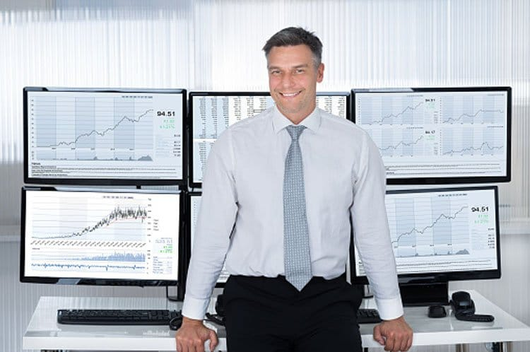 Konto Zarządzane Forex: co to jest, jakie ma zalety i dla kogo jest odpowiednie?